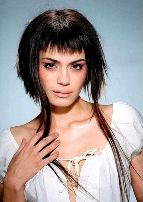 short-edgy-hairstyles-with-bangs