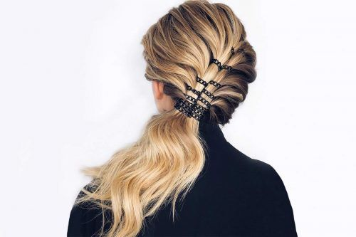 25 Sexy & Daring Hairstyles You Can Create With Hair Rings